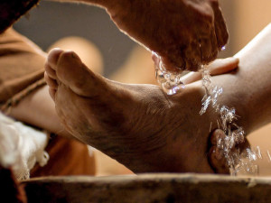 FB_Jesus_Washes_Feet_PDF-1